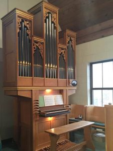 Kathy Parkins Gives Organ Concert