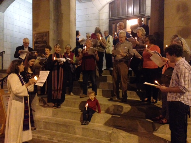 Advent Midweek Caroling and Worship – ALL WELCOME